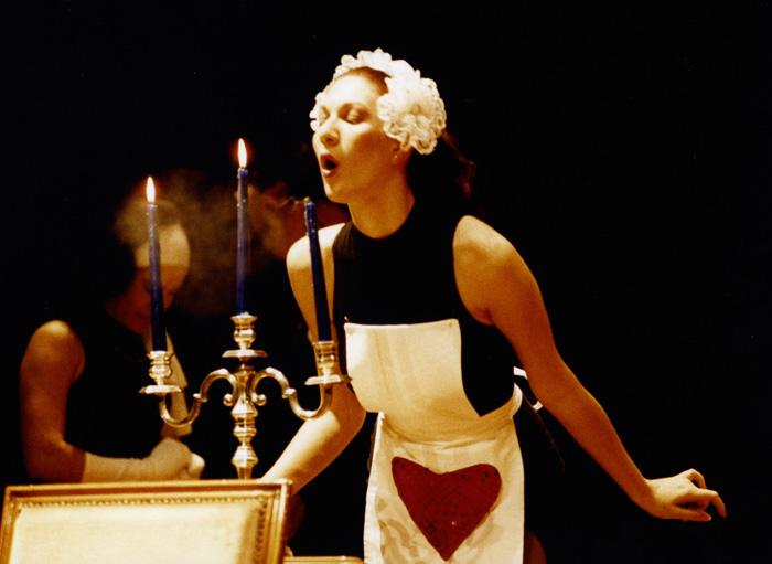 """Solo chi fa teatro può capire. """"Palcoscenico"""" di Bruno Alvino."""